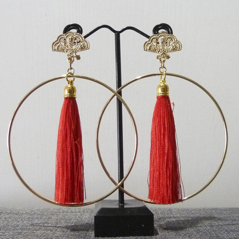 Pendiente flamenca aro dorado fleco rojo