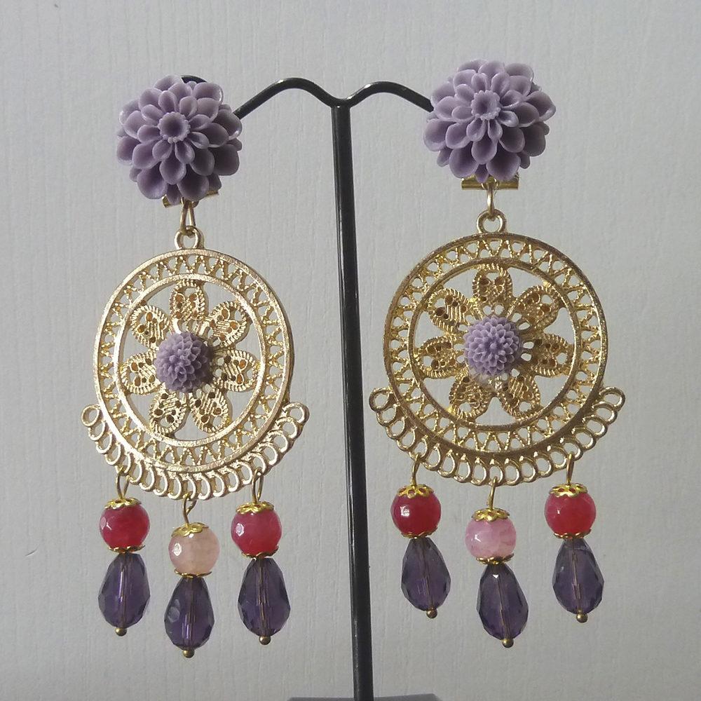 Pendiente flamenca dorado, lila y rosa